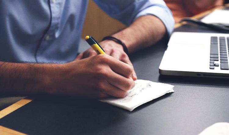copywriter-bog-computer-ideer